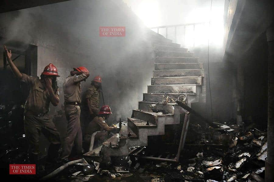 photojournalist times of india rakesh shot fire fighting
